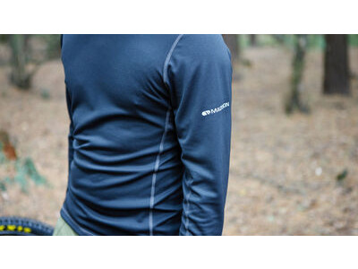 MADISON Isoler Long Sleeve Baselayer click to zoom image